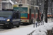 Autobus w zaspie