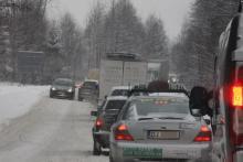 Zima wygrywa - poranny paraliż na drogach