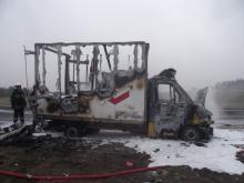 Spłonął samochód firmy kurierskiej