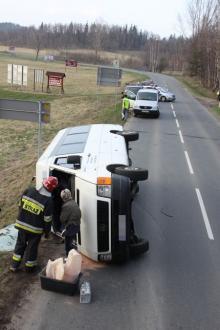 Świadkowie wypadku busa – zgłoście się na policję