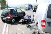 Zderzenie na Lubańskiej. Motocyklista w szpitalu