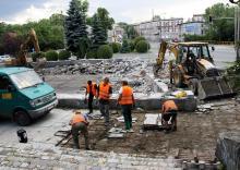 Znika fontanna przy Wojska Polskiego i Wolności