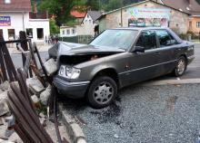 Pijany kierowca omal nie wjechał do pizzerii