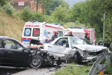 Zderzenie w Kaczorowie. Trzy osoby wylądowały w szpitalu
