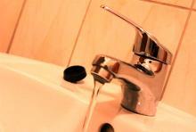 Wodnik ostrzega: woda koniecznie musi być gotowana
