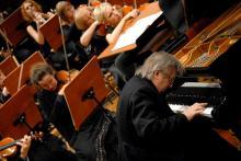 Piotr Paleczny wybornie zagrał Rachmaninowa