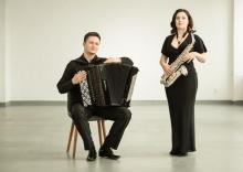 na uzdrowiskowej scenie wystąpi duet LES SONS DE L'AIR, który tworzą Alicja Wołyńczyk i Jarosław Gałuszka