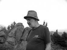 Henryk Waniek na Wieczornym Zamku. Wysoki Grzbiet, 8 sierpnia 2015 r. Fot. Jacek Jaśko