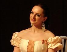 W świąteczny wieczór zaśpiewa i koncert poprowadzi Joanna Moryc