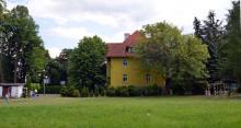 Boisko w Sobieszowie, które zostanie przebudowane na kort tenisowy
