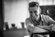 Już w najbliższą niedzielę, 20 listopada, wspólnie z zespołem Artura Lesickiego wystąpi słynny wokalista - Janusz Radek