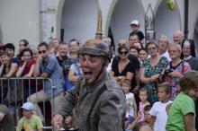 Trwa jubileuszowy festiwal ulicznych artystów