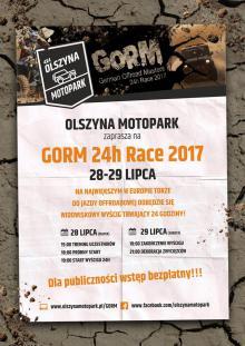 Widowiskowe wyścigi samochodowe w Olszynie