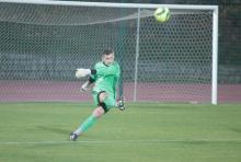 Bramkarz Karkonoszy Oskar Wieliczko od trzech spotkań nie wpuścił gola.