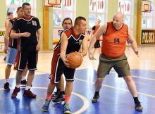 W jeleniogórskiej lidze grają byli zawodnicy klubowi i amatorzy.