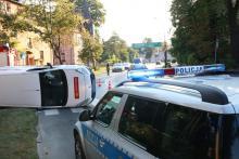 Wypadek w centrum miasta, ruch utrudniony