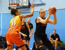 Mistrzowski basket kobiet w Jeleniej Górze