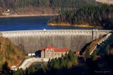 Zapora wodna na Jeziorze Pilchowickim / Fot. Przemysława Zatylny