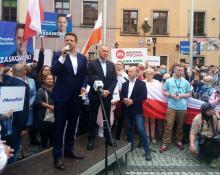 Tłumy na spotkaniu z Rafałem Trzaskowskim