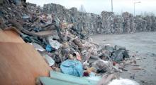 Kto posprząta Kostrzycę? Tony śmieci grożą katastrofą ekologiczną