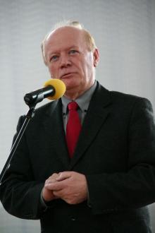 Nowy zarząd powiatu: Włodyga, Jakiel, Więckowski